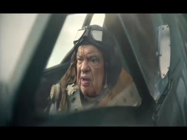 Vidéo CANAL+  Le coup de vieux (Dunkerque) Michel Raimbault  (vérifiez carburant) / Fréderic CERDAL (répétez ça)