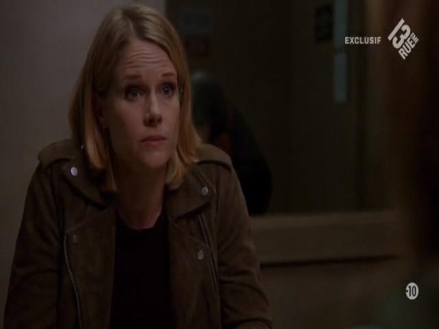 Vidéo Je double Caitlin l'ado rebelle dans la série Chicago Justice.