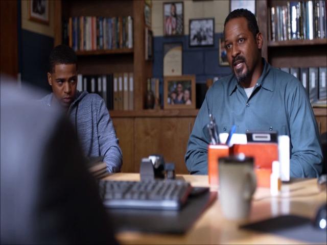 "Vidéo Extrait série ""Black Lightning"" Bernard Lewis (Michael King)"